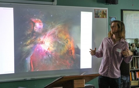 Astro-loving Alumnus Visits for Show-and-Tell